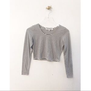 lovers + friends / striped long sleeve crop top